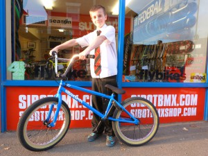 new sibotbmx rider Joe with his Fit VH2