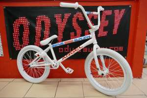 Sunday bikes 3rd Wave ANGEL 2 Sibotbmx all white custom.For all those who wanted the first ANGEL sibotbmx have recreated it for you,got to custom bikes on SIBOTBMXSHOP.COM and have a look.