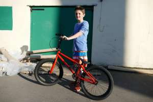 "New SIBOTBMX rider Indy gets it on with a Fly Bikes Trebol Electron Blood Orange 20.2""tt from SIBOTBMX shop Horley"