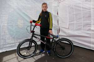 Check out new SIBOTBMX rider Katy with her F.B.M. Ignition from SIBOTBMX she is a kick ass nut on it.