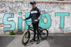 Elliot ditches his old heavy Halfords bmx and upgrades to a Fly bikes Neutron from SIBOTBMX
