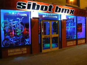 SIBOTBMX WILL BE OPEN ALL DAY CHRISTMAS EVE TILL LATE AND BACK OPEN ALL DAY  BOXING DAY CALL 01293822483