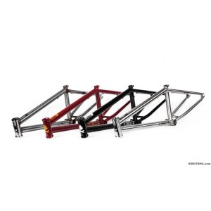 just dropped at SIBOTBMX the new Devon Smillie signature 2014 fly bikes fuego frame.
