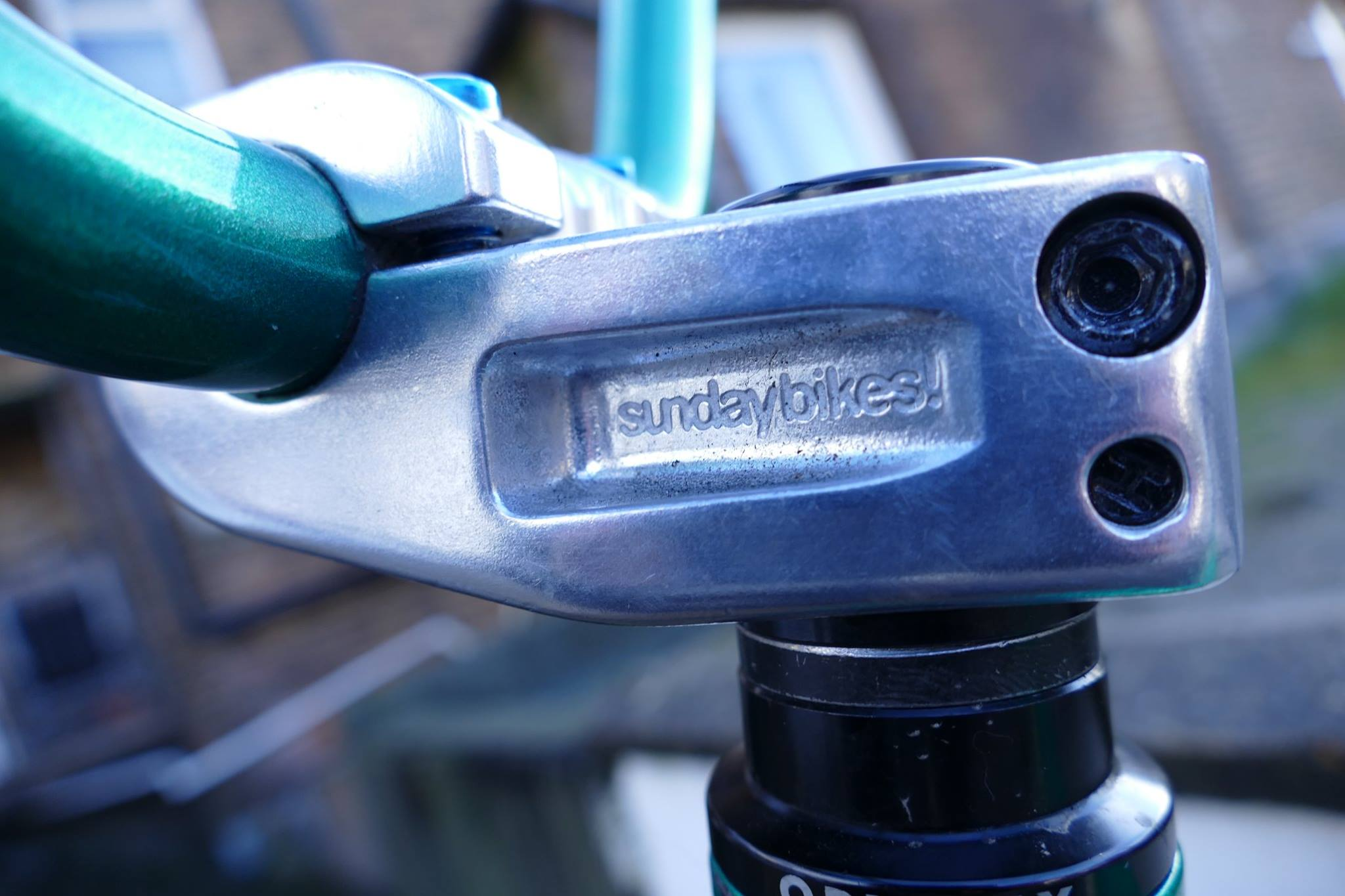 SUNDAY BIKES FREEZE TOP LOAD STEM