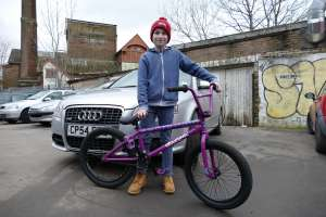 New SIBOTBMX rider 12 year old Harry hits up SIBOTBMX for his new BMX a Sunday Aaron Ross AM.Harry is yet another new generation BMXER coming in.